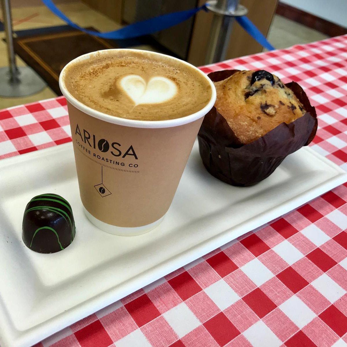 A coffee a day, keeps the grumpy away  Enjoy your day everyone. #chezemily #shoplocal #treatyourself pic.twitter.com/5PszpzWt2w