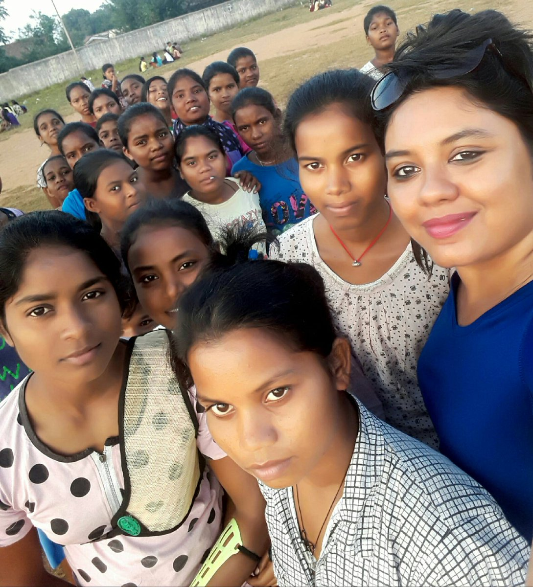 Before #SocialDistancing became the order of the day With students at a #Jharkhand school #girls #women #schoolstudents #education #precovid #girlseducationpic.twitter.com/ImHxrK7sli