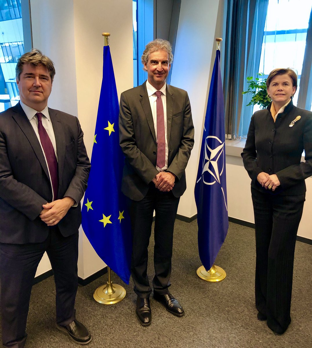 Close NATO-EU cooperation enhanced by an in-person meeting with our EU @eu_eeas and @EU_Commission colleagues Oliver Rentschler and Diego De Ojeda at #NATO HQ and our joint briefing to the DPRC. 🇪🇺  Common action for values, truth, facts, resilience. #StrongerTogether https://t.co/HAMRPdoCG8