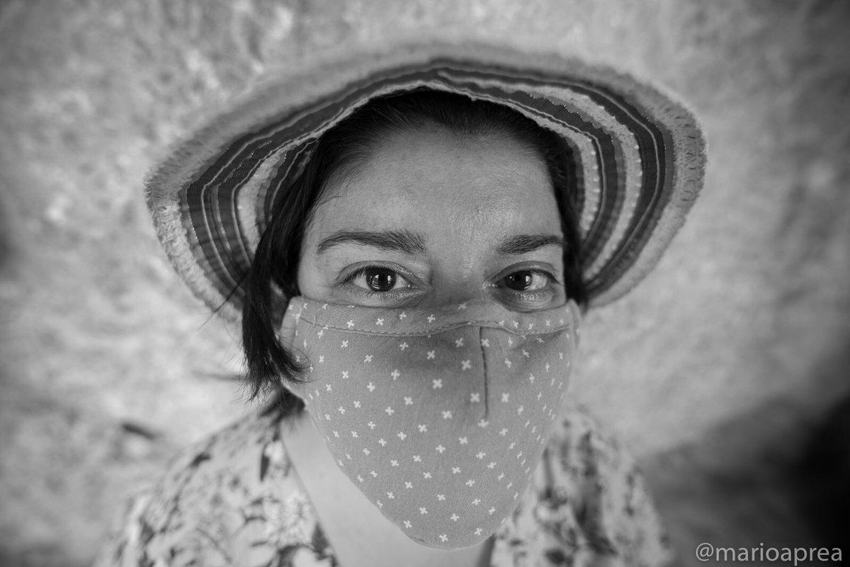 Covid portrait  In the Covid period, all people have to offer is their own eyes.  In periodo di Covid, tutto quello che hanno da offrire le persone sono i propri occhi.  #portrait #portraitphotography #girl #covid19 #blackandwhite #bnw #bnwphotography #bnw_planet #igers #maskpic.twitter.com/m79NuW2me8