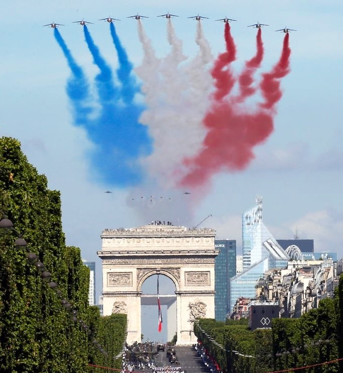 Félicitations pour la Fête Nationale française de #14juille ! #LibertéEgalitéFraternité 🇫🇷 #PlusFortsEnsemble #14Juillet2020   Warmest greetings on the occasion of the #BastilleDay to our friends and colleagues in #France 🇫🇷 and all over the world. https://t.co/4GCJHtL0zg