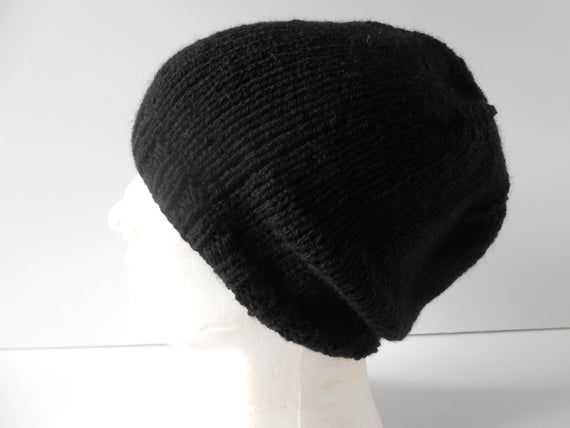 Mens slouchy beanie Hat, http://tinyurl.com/rk4zjrb via @EtsySocial #etsymntt #etsysocial #mensknittedhat #mensslouchybeaniepic.twitter.com/uilX463qIO