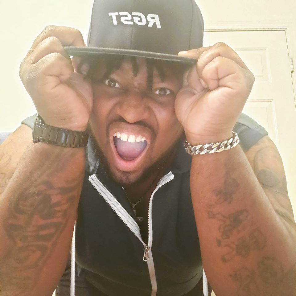 Ayyyyy We live baby!!!!!! Let's get busy - Check me out on #Twitch at  http:// Twitch.tv/Hijack_Gaming15    <br>http://pic.twitter.com/xMddh9ooiB