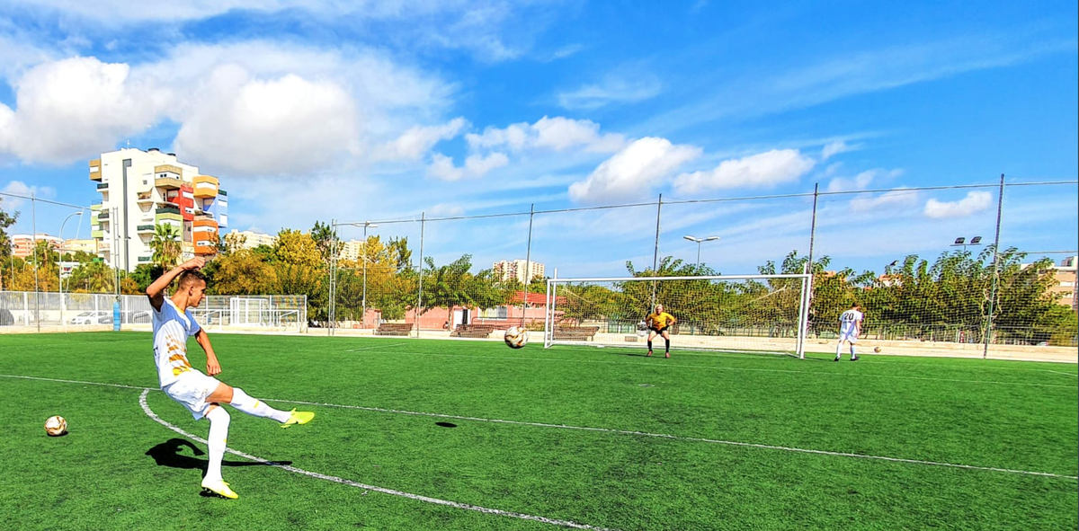Limited spaces have opened up for @SpainAcademy in August. These will not be around for long, so don't miss out!  DM us now to reserve your place.  #PlayAbroad https://t.co/CWeTlTr5zz