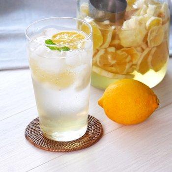 すっきり美味しい『レモンサワー』でお家飲み♪自家製レモンシロップなどで満喫しよう  https://t.co/HWGcgIff86 https://t.co/6KX1fwDTLw
