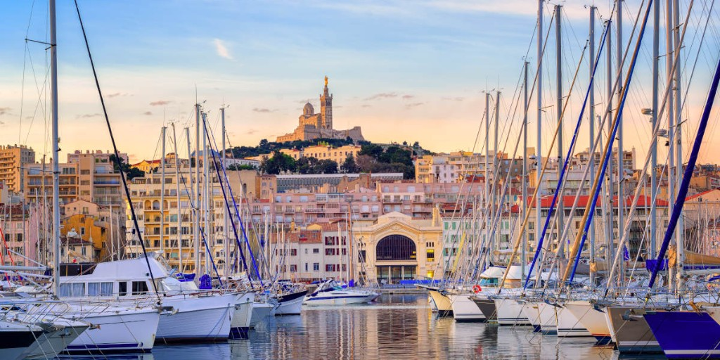 July 14th is #BastilleDay, also known as #France's National Day and seeing as the French anthem is La Marseillaise... Today we had to talk about #Marseille!   Both elegant and edgy, this coastal city has something for everyone. Have you been? Tell us your favourite place! pic.twitter.com/c6fOuQ8fk2