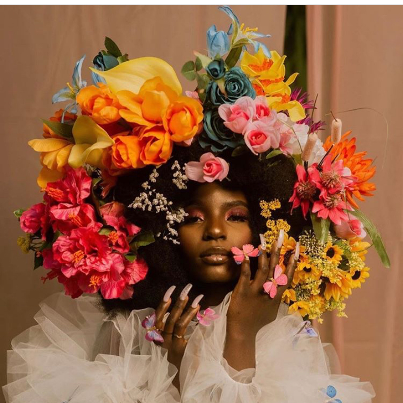 Had to #repost this gorgeous photo. OMFG. ✨ • • • • • • • • #flowerchild #melanin #photography #fro #afro #bighair #voiceofhair #nails https://t.co/lZ8wgIvrJo