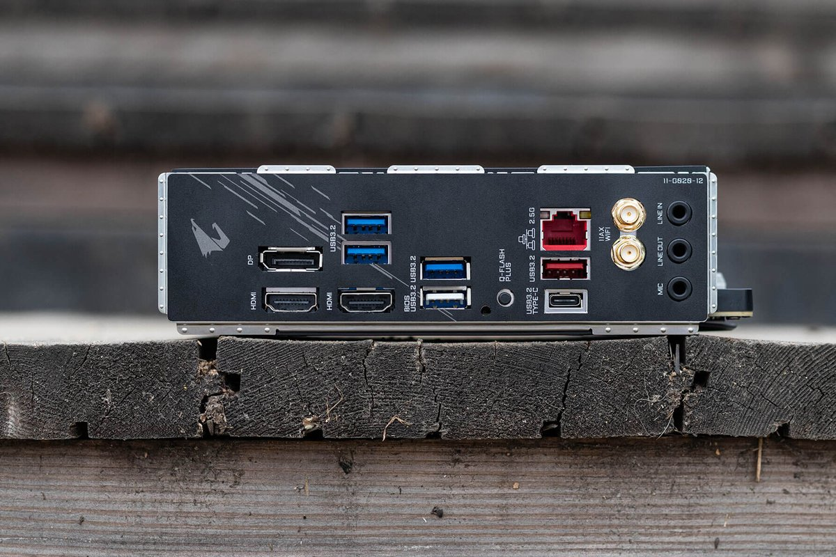 GIGABYTE B550I AORUS PRO AX https://www.gigabyte.com/Motherboard/B550I-AORUS-PRO-AX-rev-10#kf…   #RiseUp #AORUSB550 #GIGABYTEB550 #motherboard #aorus #gamingcomputer #mainboard #gamingpcbuilds #pcparts #computerhardware #computerparts #gamingpcs #aorusgaming #pcgamingsetups #pcgamerlife #motherboards #gamingpcsetuppic.twitter.com/T0AkOXbaph