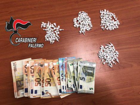 In casa oltre 200 dosi di crack e soldi, arrestato un palermitano al Borgo Vecchio - https://t.co/lo7IAubv1N #blogsicilianotizie