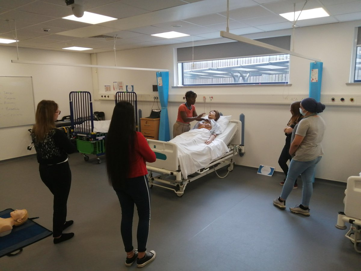 This week, we are welcoming our new sixth form students back for their induction.  We also saw some of our current year 11 students in the group and we can't wait for them to start in September! #utc #onlyatutc #education #year12 #sixthform #healthschool #induction #hfutc #year10 https://t.co/V9yuLY0ouY