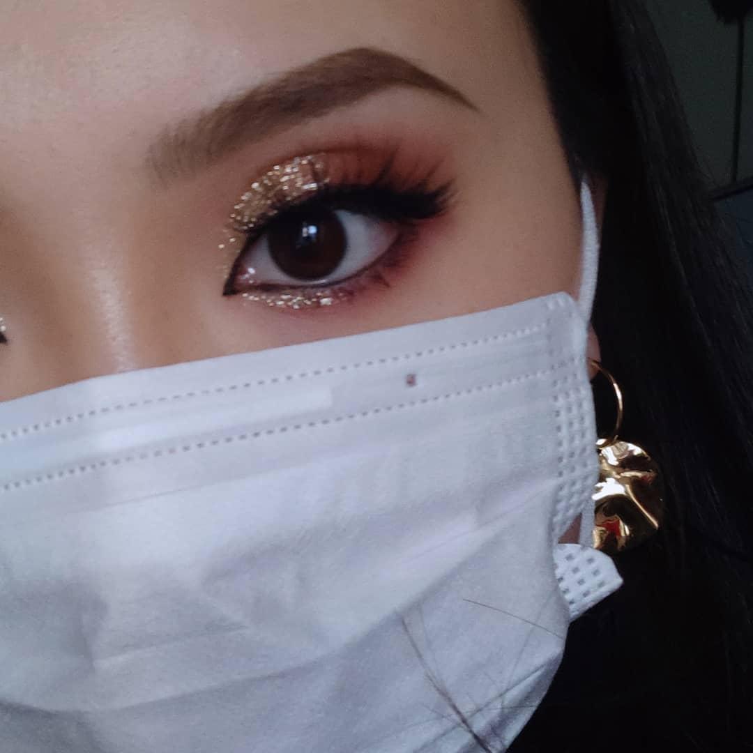 Face mask life: 3 ways to up your eye makeup game >>> https://t.co/gix6U4mRIR https://t.co/P32vPk6lTr