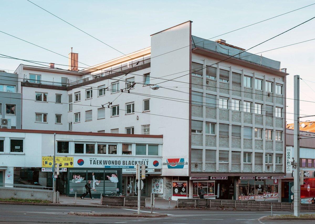 Twitter Media - KOEHLER Real Estate hat ein Wohn- und Geschäftshaus im Stuttgarter Stadtzentrum erworben. Das Objekt verfügt über 2.800 m² mit 30 Wohn- und 7 Gewerbeeinheiten sowie 9 Stellplätzen und mehrere Werbeflächen. https://t.co/obQGopBZG9