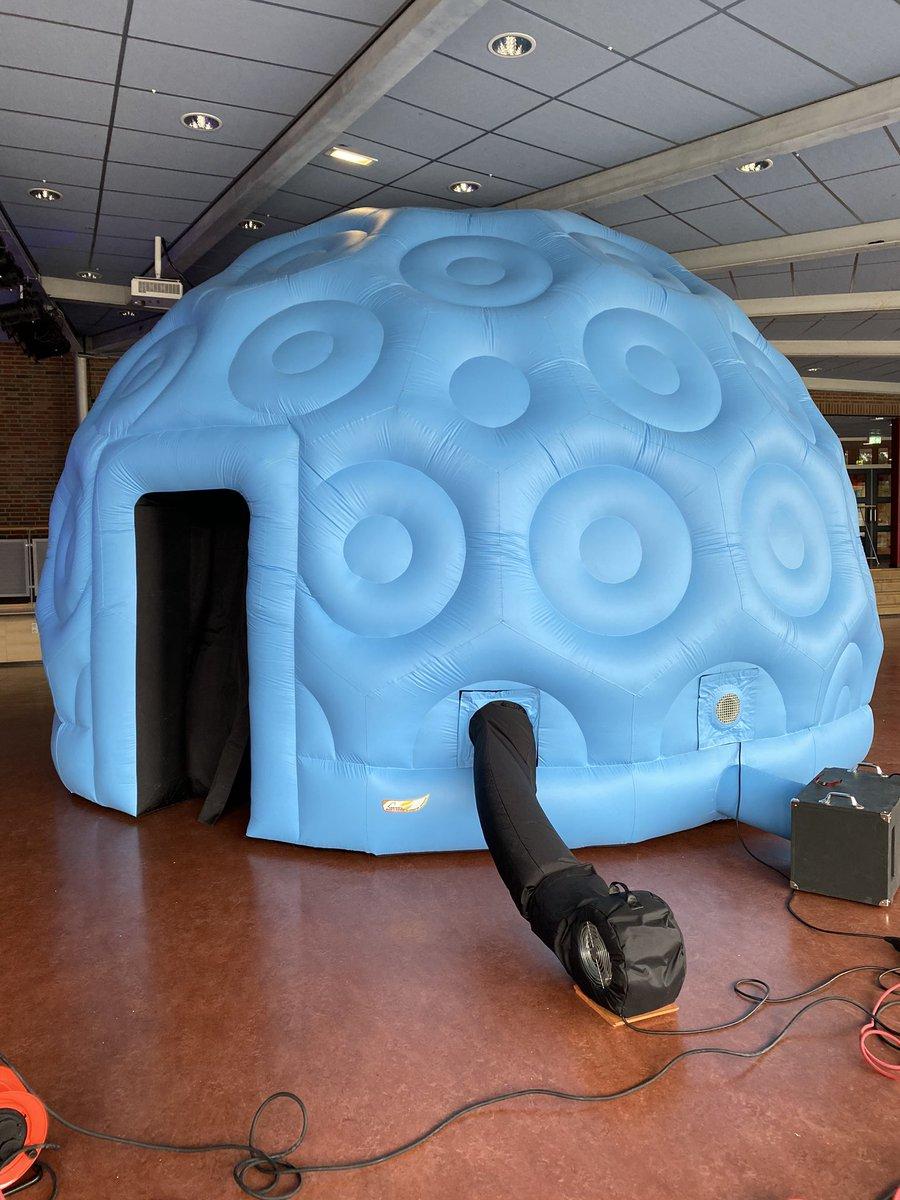 test Twitter Media - Vandaag testdag mobiel planetarium St.Eustatius, dat verliep heel goed en nu kan het de container in en kunnen we in November op het eiland voorstellingen gaan geven https://t.co/izrvLPyN0s