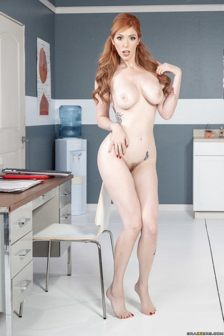 1 pic. #GoodMorningFromLaurenPhillips  It's #NationalNudeDay! Let's celebrate your nudes!  Tits or Ass