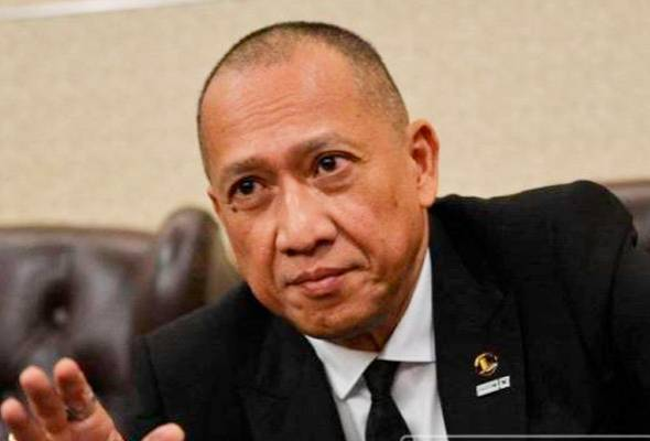 Motion to change Speaker proof that PH MPs do not deserve to be government - Nazri Aziz #AWANInews #EnglishNEWS https://t.co/qREJAq3O9A https://t.co/DF1tC8mliF