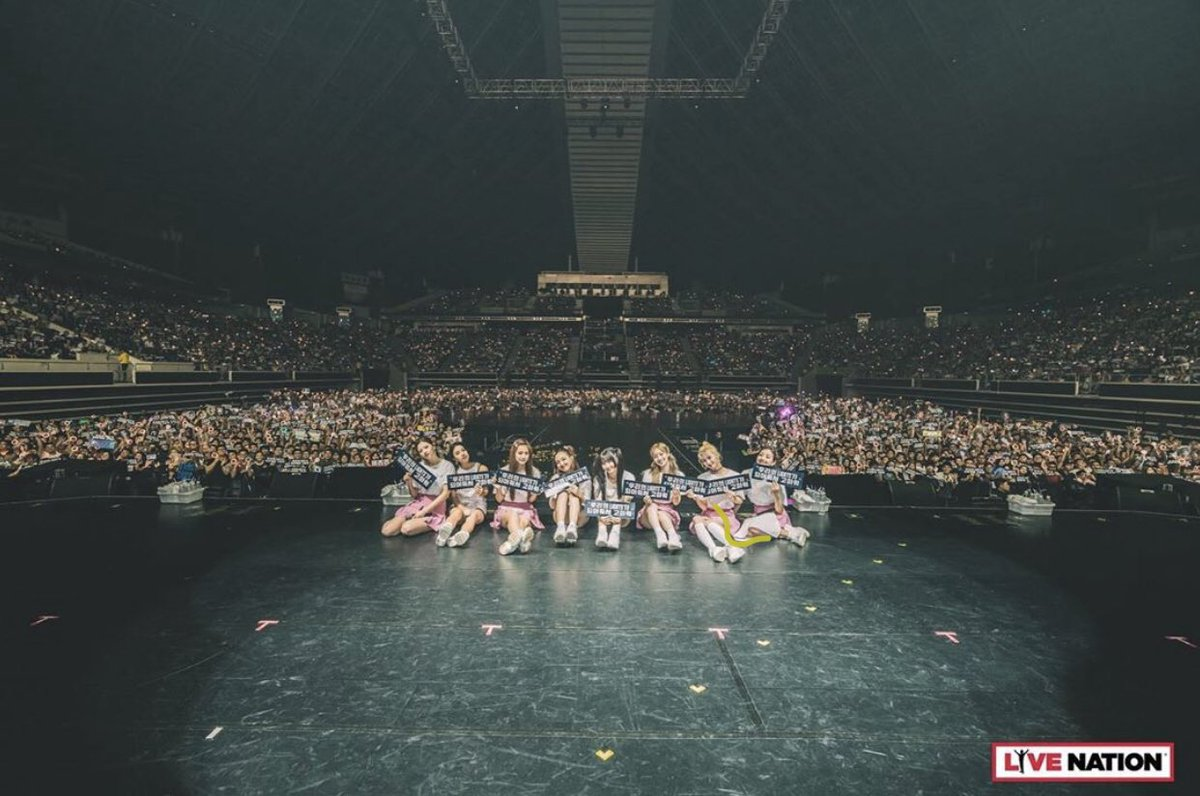 it's been a year (+ a day) since i went to twicelights in singapore  it was so fun and i was so happy seeing the girls on stage irl  i miss them so much i hope the come back pic.twitter.com/qCkkgvKfV0