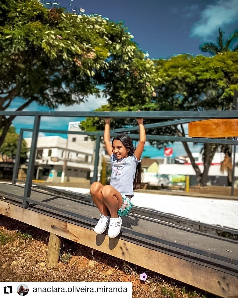 #Repost @anaclara.oliveira.miranda • • • • • • Ser criança é ter o espírito da diversão dentro de si!! . . . #kids #happy #model #modeloinfantil #diversão #sdv #blogueirinha #instagood #instagramers #tumblr #tumblrgirl #braziliangirl #brazil https://instagr.am/p/CCoES7aAAXL/pic.twitter.com/bzhHY2rDGN
