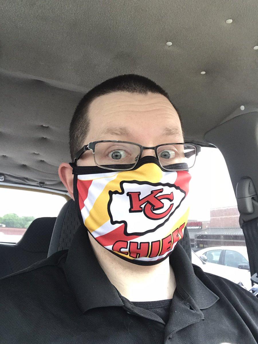 New #FaceMask #KcChiefs #Chiefs #KansasCity #SuperbowlChamps #patrickmahomes https://t.co/B16cbsEziK