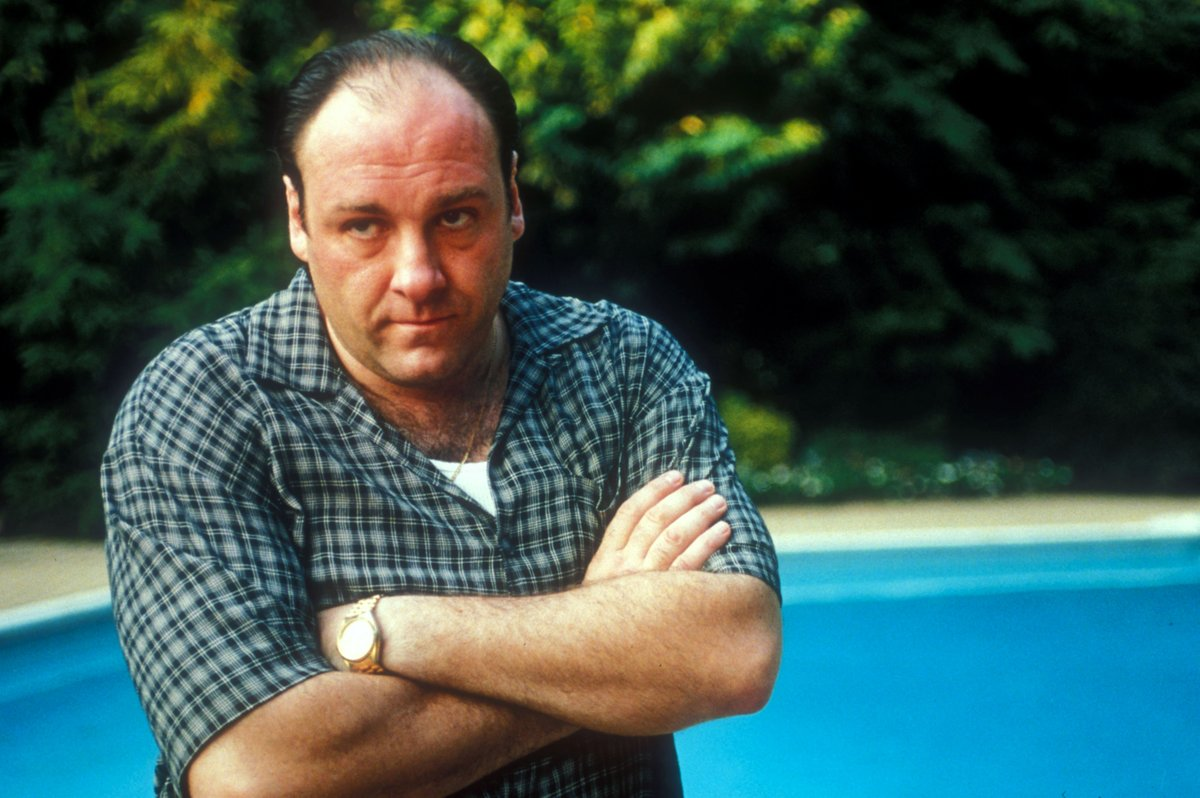 #Sopranos Actors Remember HBO Pushing Back Against One of Tony's Most Famous Kills bit.ly/30cNF0D