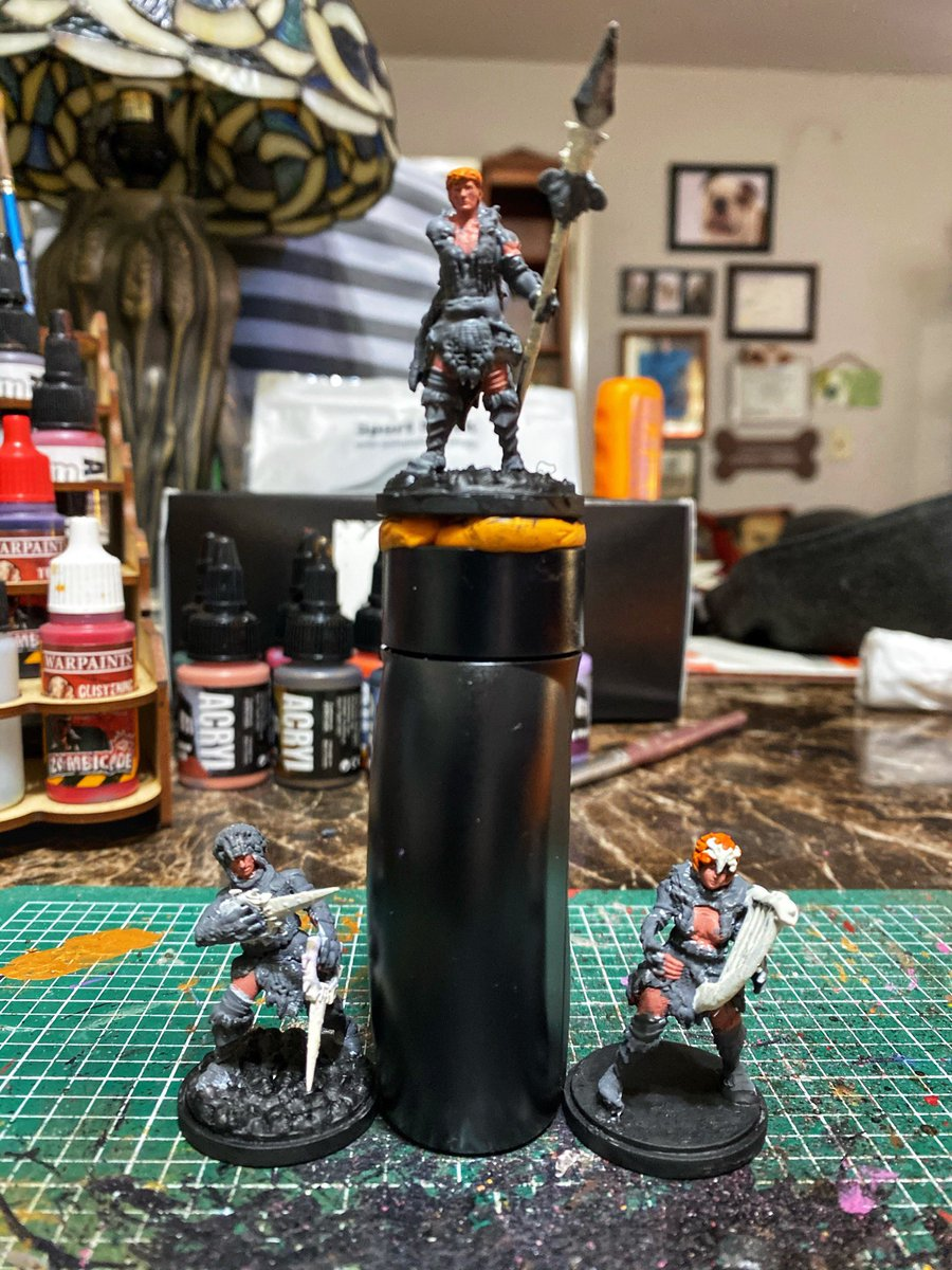 WIP:  Early days/base color blocking on 3 kingdom death Lion Armor player characters.  #MiniPainting #MiniaturePainting #WePaintMinis #Kkngdomdeath https://t.co/D0I43Zo25M
