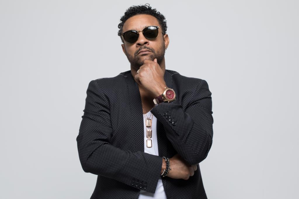 ".@DiRealShaggy reinvented some of his greatest hits on his new album, ""Hot Shot 2020."" Listen to all the jams now: https://t.co/MaeaysEhsI https://t.co/nNE2AACcNH"