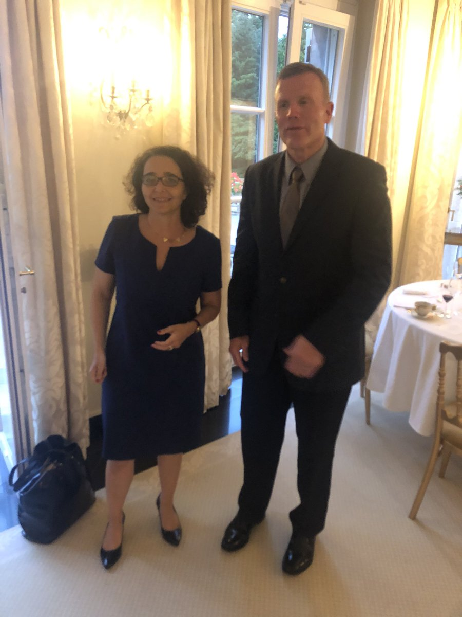 A working day at #NATO on this special #14juillet. Merci to 🇺🇸 colleague @USAmbNATO for a special dinner w. @SHAPE_NATO SACEUR, Gen Wolters on this #BastilleDay2020 + to 🇷🇴 Council Dean for the resumption of informal council talks and to 🇹🇷 colleague for frank discussions #Allied https://t.co/nrkdSqPc47
