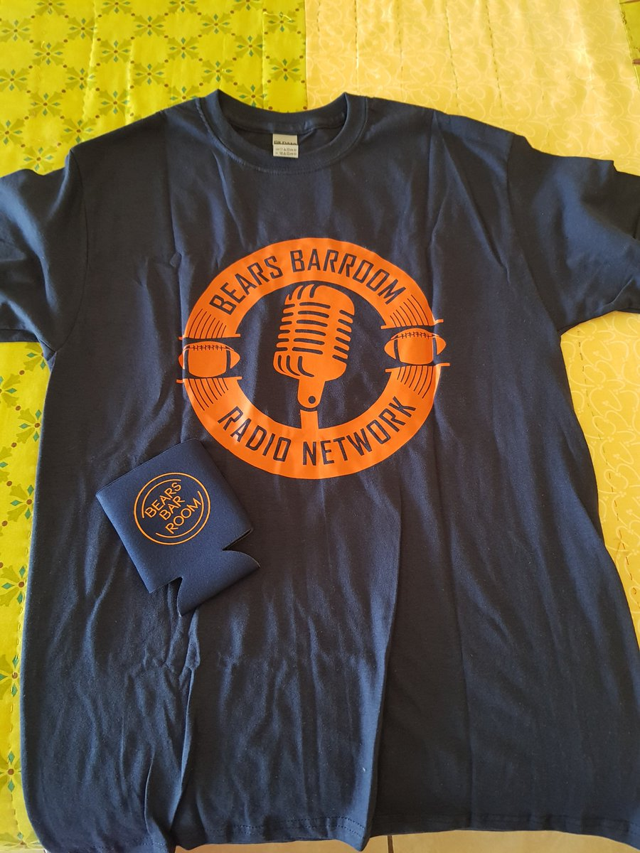 @BearsBarroom Guess what came in the mail today??!!!!! 😁😁😁😁