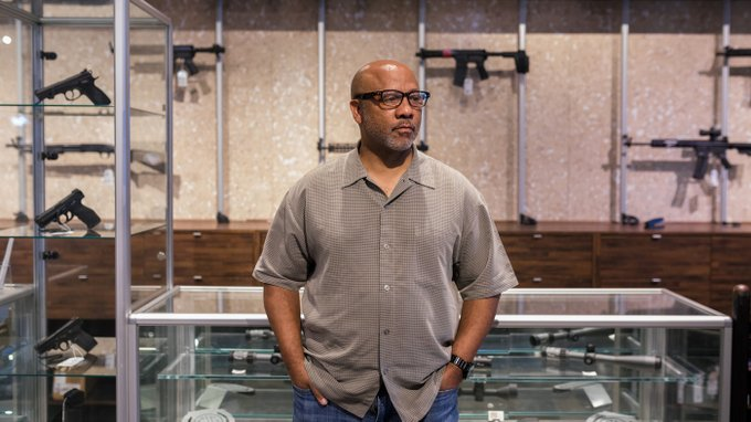 NAAGA President Philip Smith wants more Black people to legally own guns and doesn't care if white people get uncomfortable Philip Smith, the national president and founder of the National African American Gun Association (NAAGA), spoke to REVOLT about Black gun ownership, the… https://t.co/XEcWbyRKCt