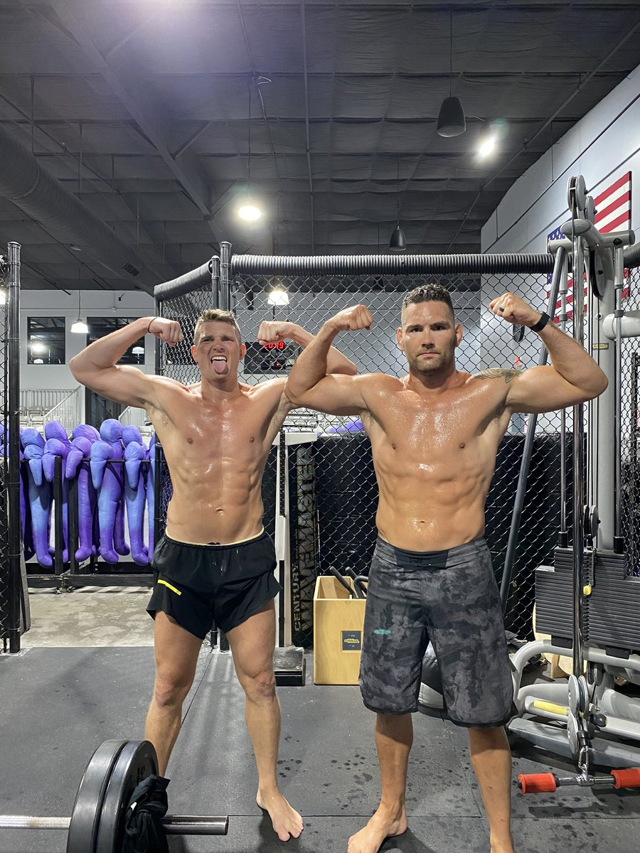 We are out here working at @upstate_karate with my brotha @wonderboymma ! 4 weeks and counting till my fight on August 8th ! Excited to make a splash in the MW division! Been way too long ! https://t.co/48ZUyk21r0