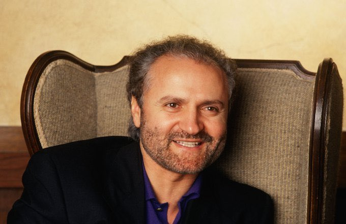 Professor Frank Mcdonough On Twitter 15 July 1997 Fashion Designer Gianni Versace Aged 50 Was Shot And Killed By Andrew Cunanan Outside The Front Gate Of His Casa Casuarina Mansion In Miami