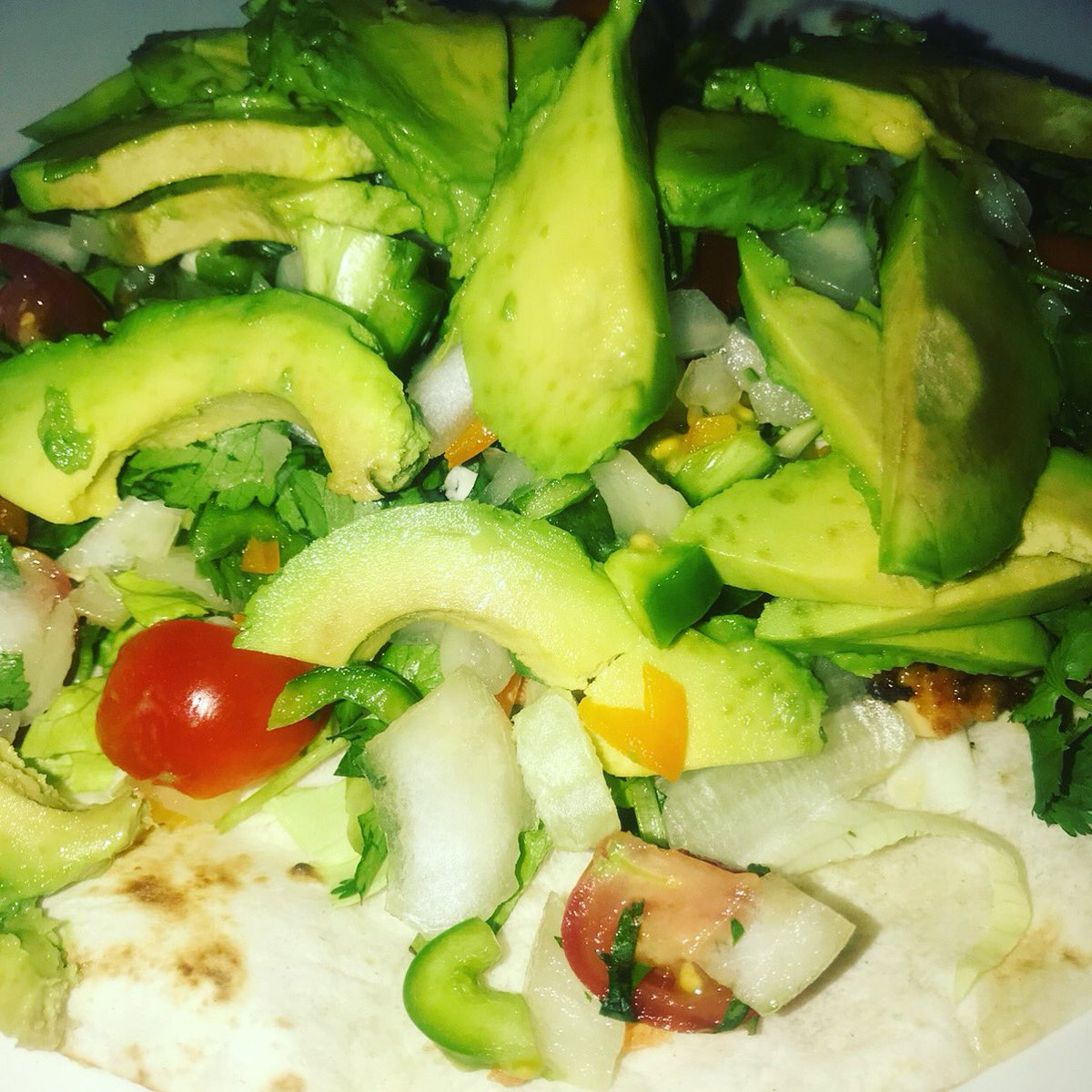 #TacoTuesday #healthy #HealthyFood #healthylifestyle #homeMade #delicious #California #cookingathome #follo4folloback #foodie #FoodForThought #homegrown #RecipeOfTheDaypic.twitter.com/s14h10VPUS