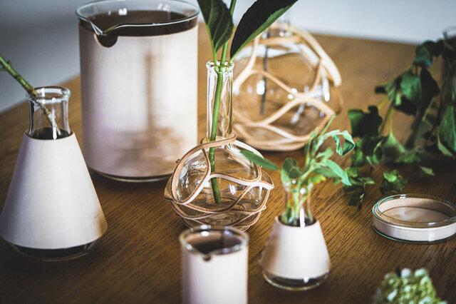 [item] 実験用の道具が、花器やオブジェに「Hender Scheme science vase:化瓶」  https://t.co/t0Mx1gcYjj https://t.co/pUoOZc8MhG