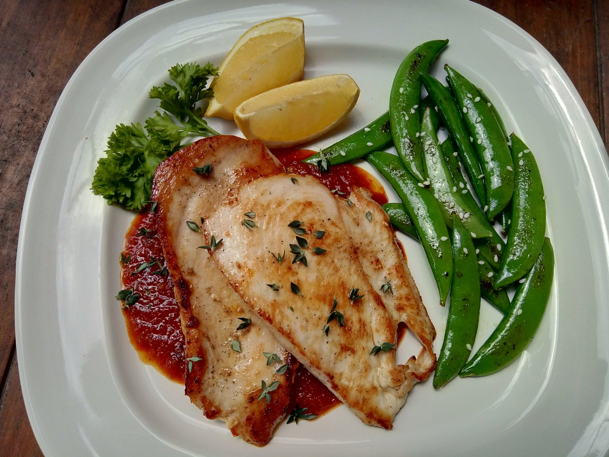 Keto LunchPan seared chicken breasts with Honey ginger tomato sauce and sauteed sweet peas. Learn effective Ketogenic diet plan & lose weight fasthttps://bit.ly/38GLFzN  #ketodiet #ketorecipes #ketomeal #ketosis #fitness #diet #weightlossjourney #keto #Ketogenic #weightlosspic.twitter.com/1D8TDg7pyZ