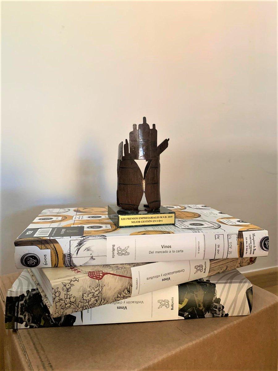 Muy felices por el reconocimiento que ha recibido el proyecto #SapiensDelVino en los XIII Premios Empresariales Mercados del Vino y la Distribución 2019. Muchas felicidades a @ferrancentelles y todo el equipo de #Bullipedia. https://t.co/ksPLqqotNL