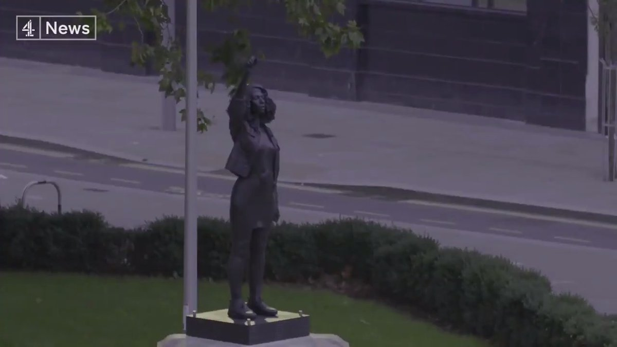 Out with the slave trader, in with black power.  The statue of Edward Colston has been unofficially replaced with a sculpture of a Black Lives Matter protester. https://t.co/32kst0HOjr