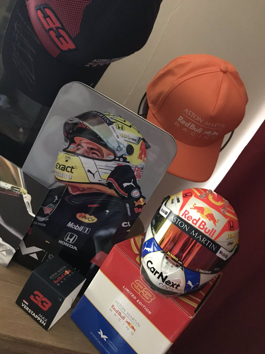 Thank you #VerstappenShop for the little extra (t)in my parcel today 🧡🧡  My collection is coming along nicely  @VerstappenCOM @Max33Verstappen https://t.co/JRuCRwarmi