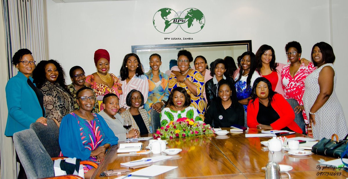 At Business and Professional Women's club we aim to unite business and professional women in all parts of the world. #bpwzambia, #empoweringwomen #network pic.twitter.com/BMWkcIoKep