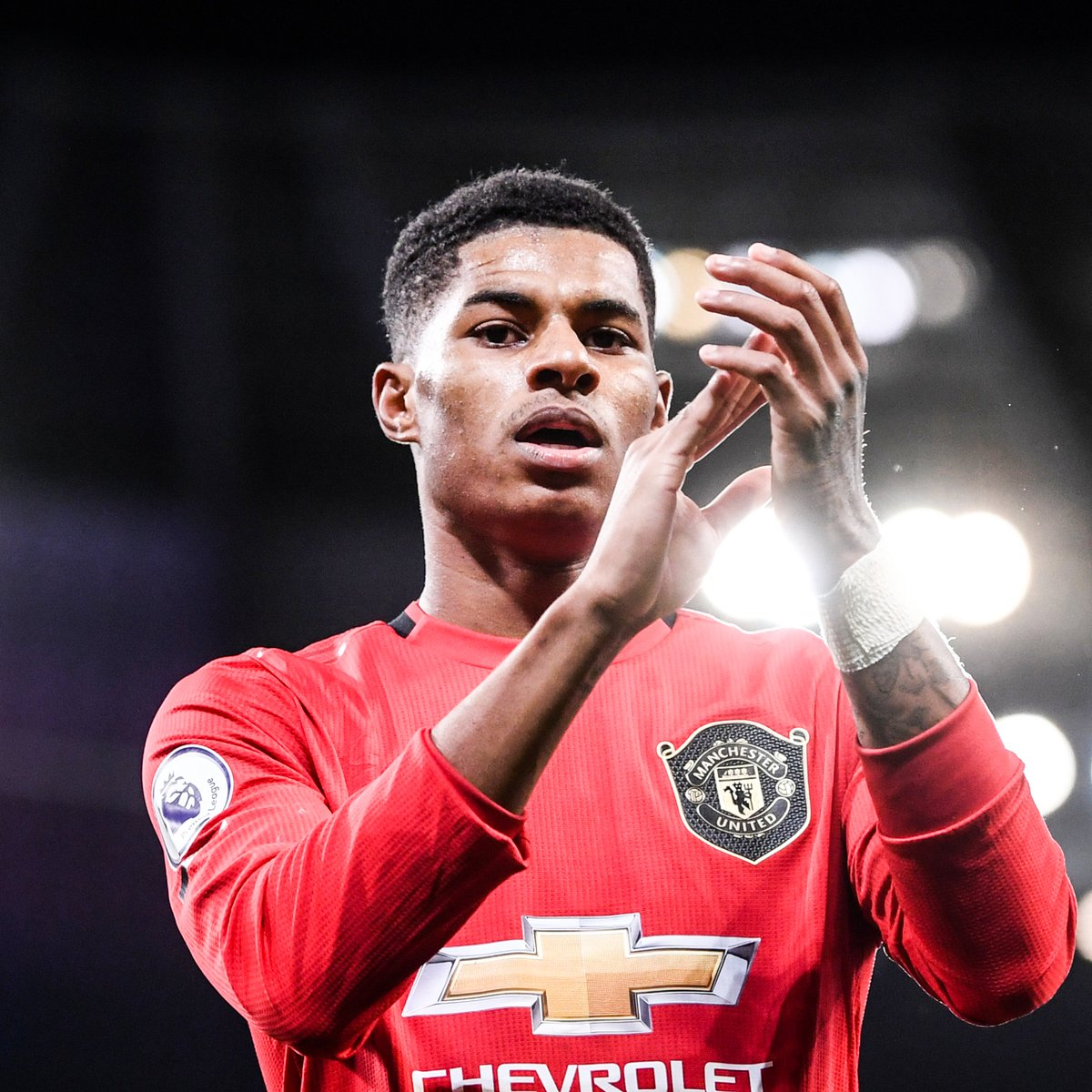 """Marcus Rashford will become the youngest-ever recipient of an honorary doctorate from the University of Manchester after his campaign against child poverty and """"outstanding sporting achievements"""" 👏 https://t.co/68U7AUKNnK"""