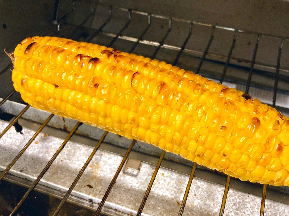 今すぐ使える裏ワザ!焼きトウモロコシが電子レンジとトースターで作れるってよ!