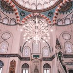 東京で気軽に行けるトルコの寺院。装飾がとてもきれい。
