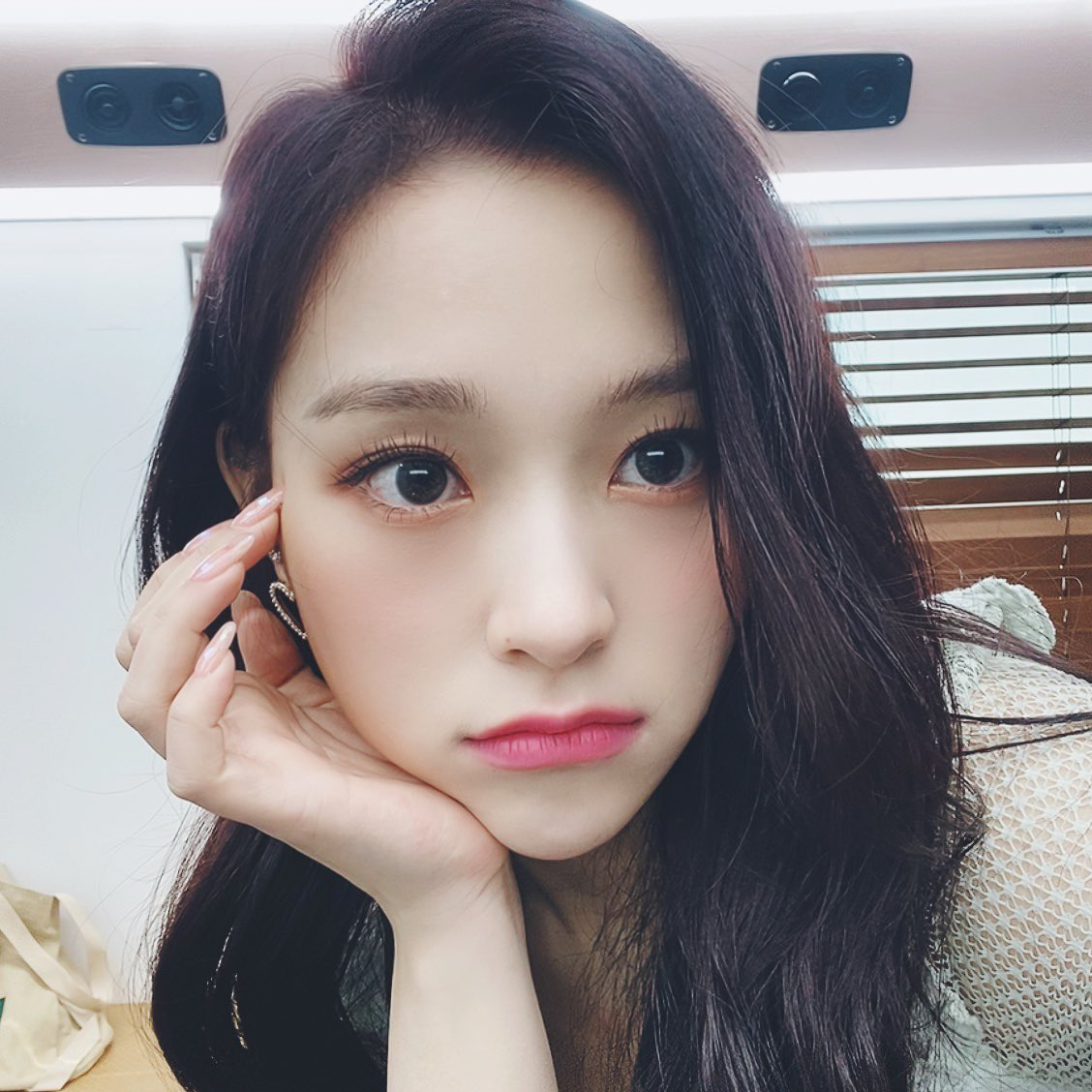 Lee Gahyeon: prettiest girlpic.twitter.com/hqsFcebOj2