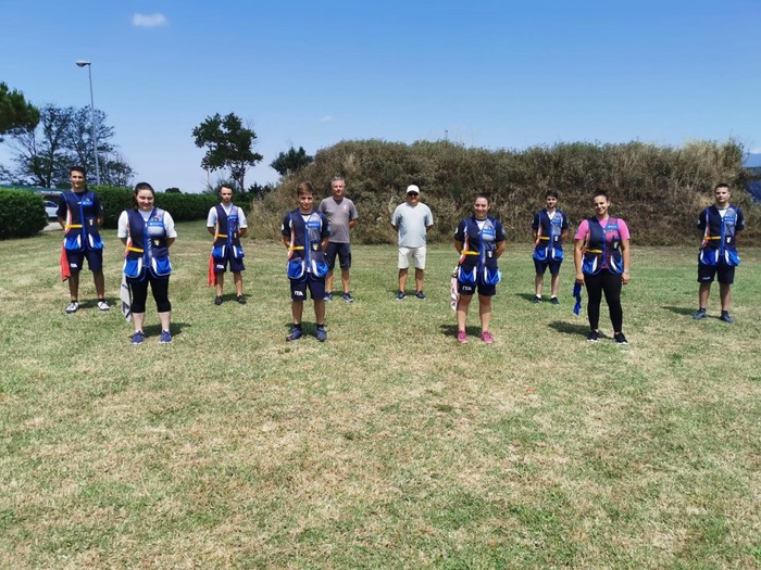 #Tiroavolo Sessione di allenamento per i giovanni tiratori azzurri al Tav di Laterina https://bit.ly/3gAxVezpic.twitter.com/tGVAnk2uBK