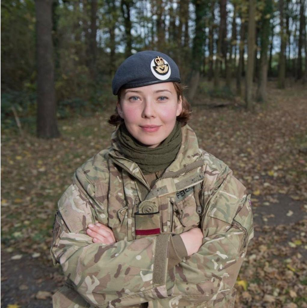Be all you can be. Meet Flt Lt Sasha Petersen! Sasha was the first Kazakhstan-born officer to graduate from RAF Cranwell. A top linguist, a fitness trainer, a Royal Society of Medicine Award winner - and a RAF nurse - ready to give care where others cannot go! #NoOrdinaryJob 👏👏 https://t.co/wTH5z7wKGk
