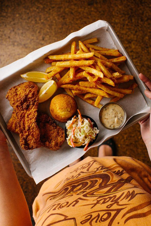 Kick off your long weekend with perfect patio weather and Motor Bar & Restaurant's all-you-can-eat Friday #fishfry – the #HDMuseum campus is open all weekend!   @visitmilwaukee @TravelWI   #HarleyDavidson #VisitMKE #TravelWI #GoodThingsBrewing https://t.co/Abgp8EqZJM