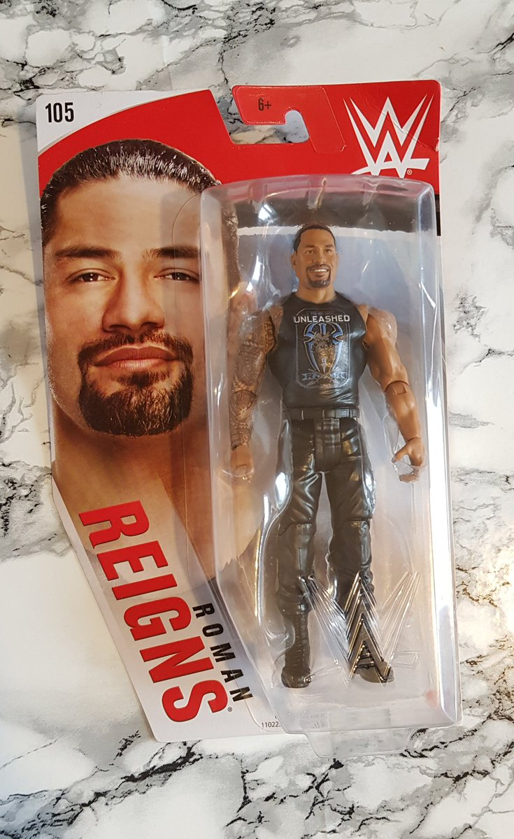 I've made it to Friday! To celebrate I thought I'd do a totally random #giveaway. Fancy winning a Roman Reigns action figure? Just follow and RT to enter. Closes 10/07 #fridayfreebiepic.twitter.com/tm9bFaaZbC  by Fileana2