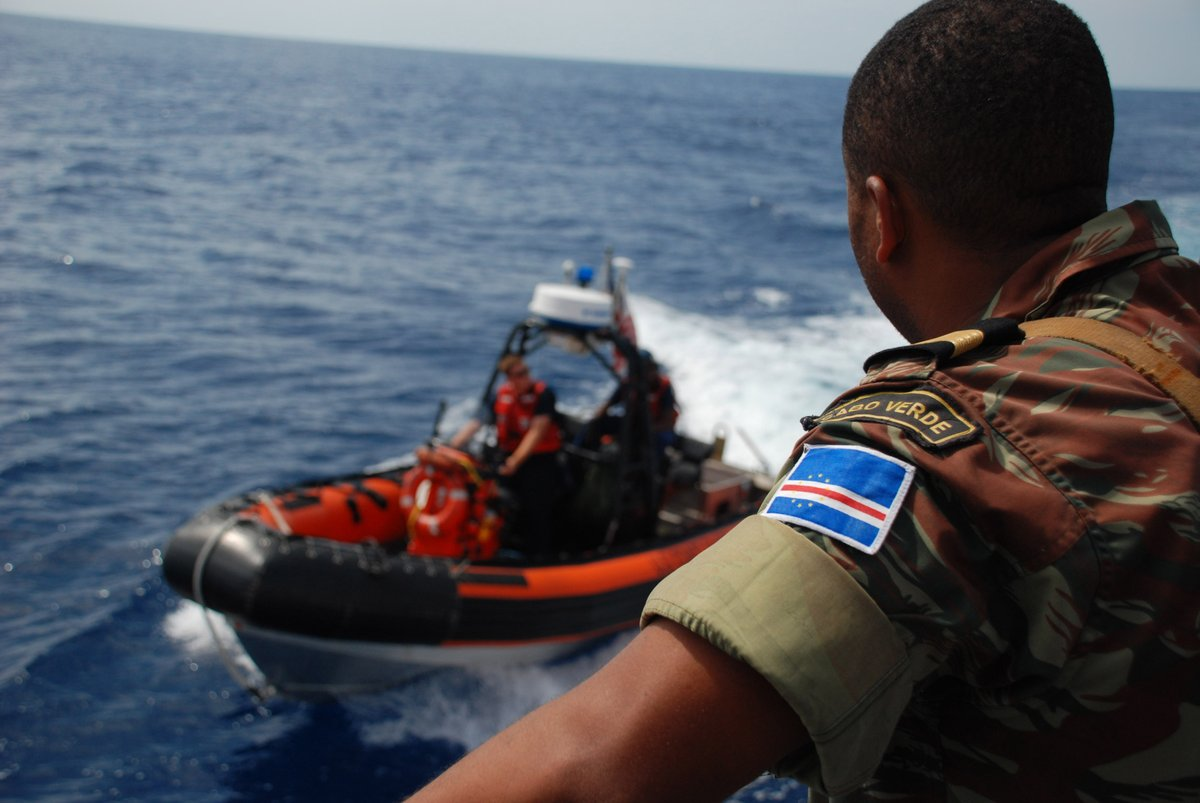 #GenMilley: Congratulations to the 🇨🇻 Cabo Verdean Armed Forces as you celebrate your nation's Independence Day.I look forward to continuing our cooperation to build #CaboVerde's capability to train its maritime forces, patrol national waters & interdict illicit maritime vessels. https://t.co/mXsdMK0u30