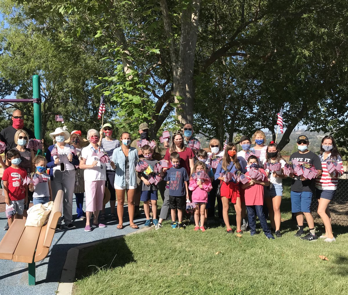 Over 1,000 flags going up at Lake Poway for July 4 compliments of local chapter of DAR! https://t.co/FVSJZ9KHBv