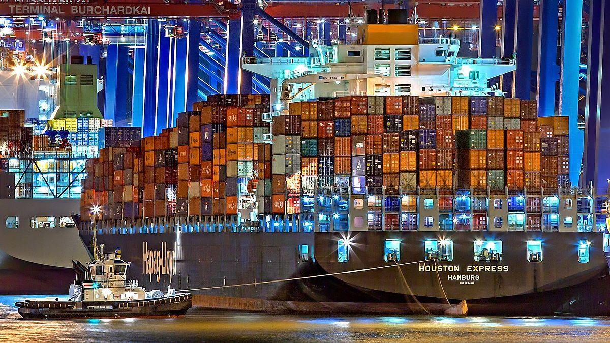Da kommt ein neues Schiff mit Musik  Das zweite Corona Port Concert für Seeleute gibt's am 5. Juli um 18.00 Uhr im @PortofHamburg   Zum Livestream: https://www.nordkirche.de/nachrichten/nachrichten-detail/nachricht/neues-corona-port-concert-fuer-seeleute/… @DSM_Nordkirchepic.twitter.com/U7CjfyXdqI  by Nordkirche