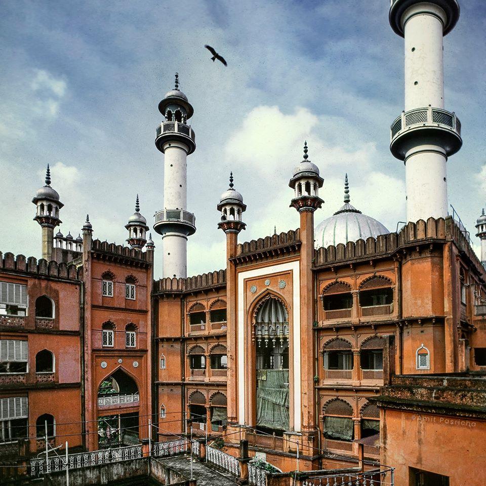 Nakhoda Mosque, Kolkata, West Bengal Read full on https://www.facebook.com/IndiaLostFound/photos/a.653506534832641/1511422112374408/?type=3&theater…  #indiafound #indialostandfound #amitpasricha #panoramist #theculturegully #culturvation #incredibleindia #experiencebengal #travelbengal #tourismbengal #photography #travelrealindia #travel #tourismpic.twitter.com/UIKuSD4bMI