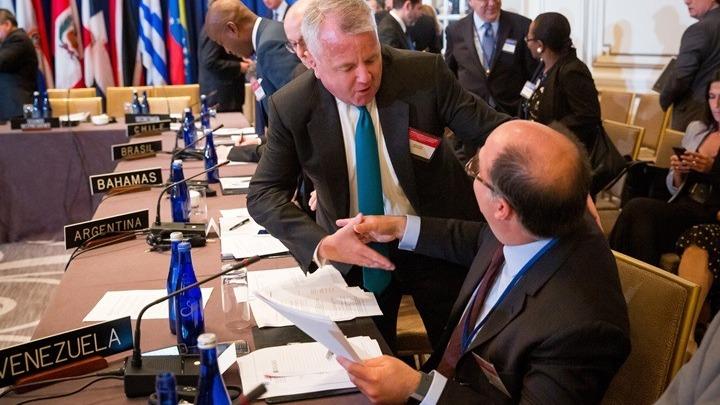 Η Ουάσινγκτον συζητεί με τη Μόσχα και άλλες κυβερνήσεις μια διευρυμένη σύνοδο της #G7  https://t.co/scQaDRR9Oa https://t.co/8BiUXLlJFq